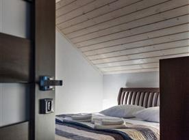 Podkrovní ložnice s dvoulůžkem