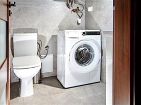 Toaleta s pračkou