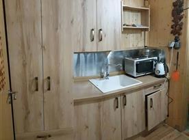 Kuchyně - chata Slivka