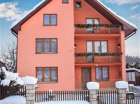 Apartmánový dům Alojz v zimě