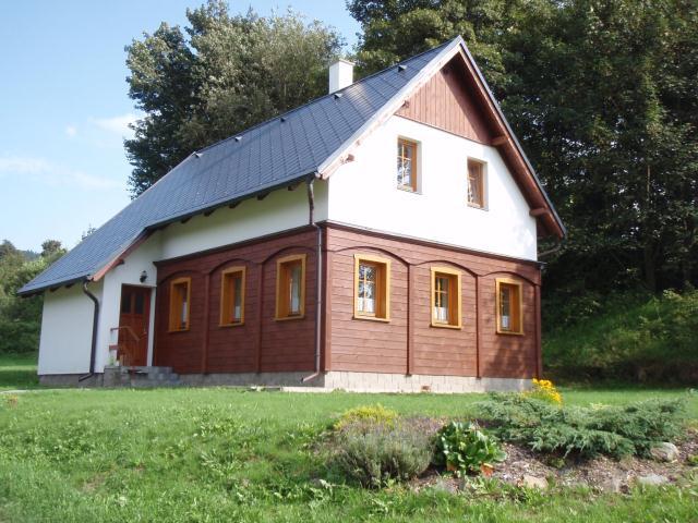 Chalupa U Křížku - ubytování  Krompach -Krompach