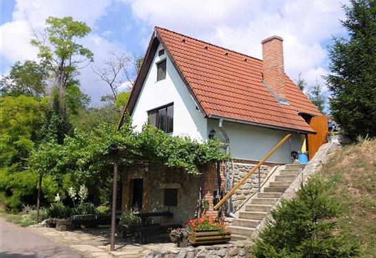 Chata Soňa - Těšetice - Znojmo v dubnu