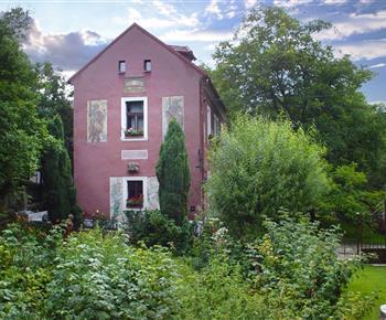 Rekreační dům Lovecký zámeček Svinaře